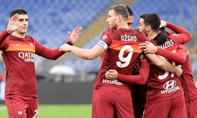 Dzeko esultanza giocatori Roma