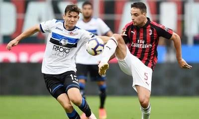 Giacomo-Bonaventura-Marten-De-Roon-Milan-Atalanta