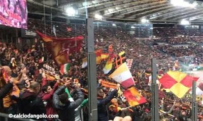 Tifosi-Curva-Roma