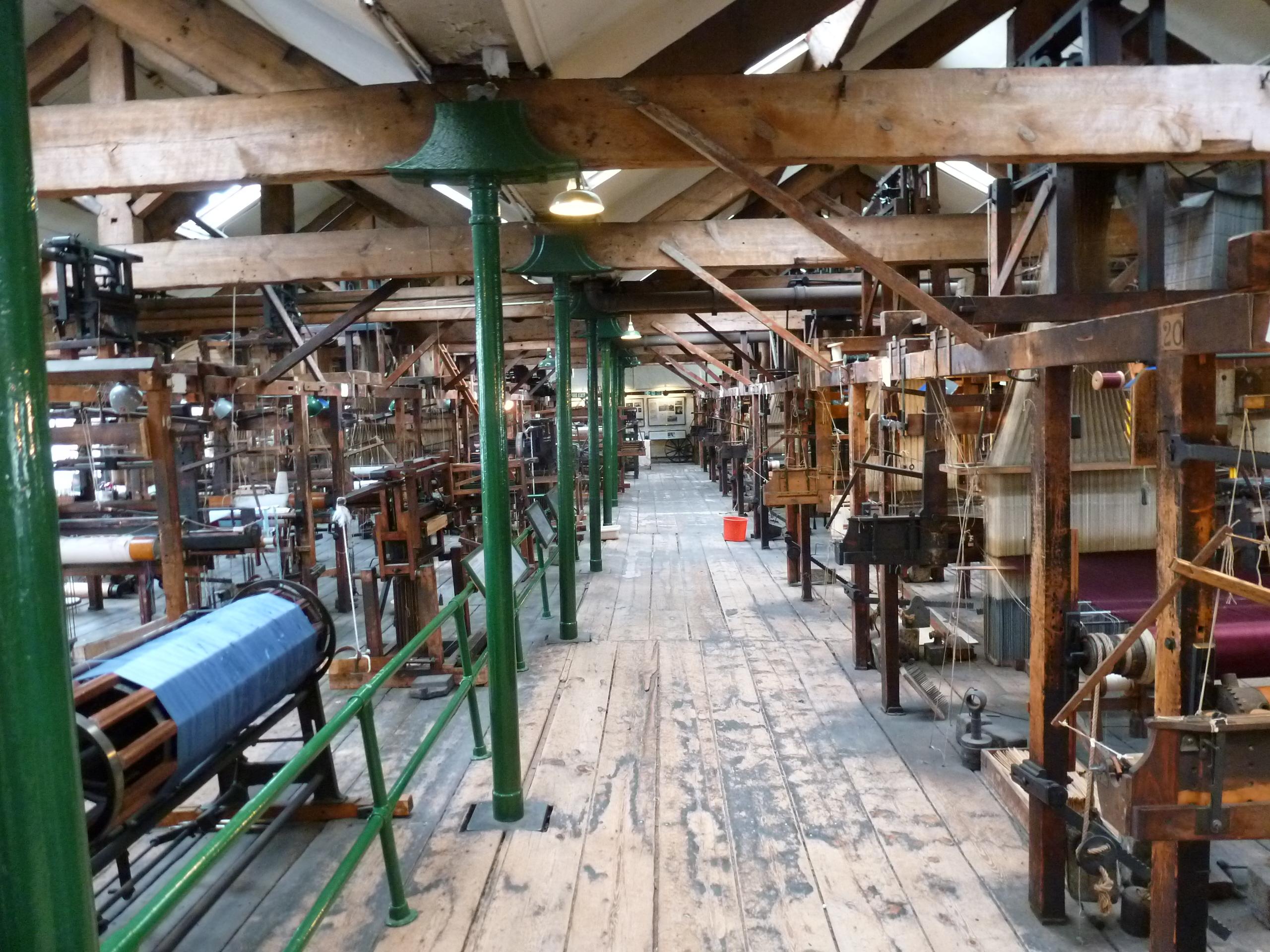 Paradise Mills Jacquard Looms  Calculating