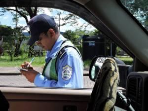 dscn5110-cop-writing-us-a-ticket