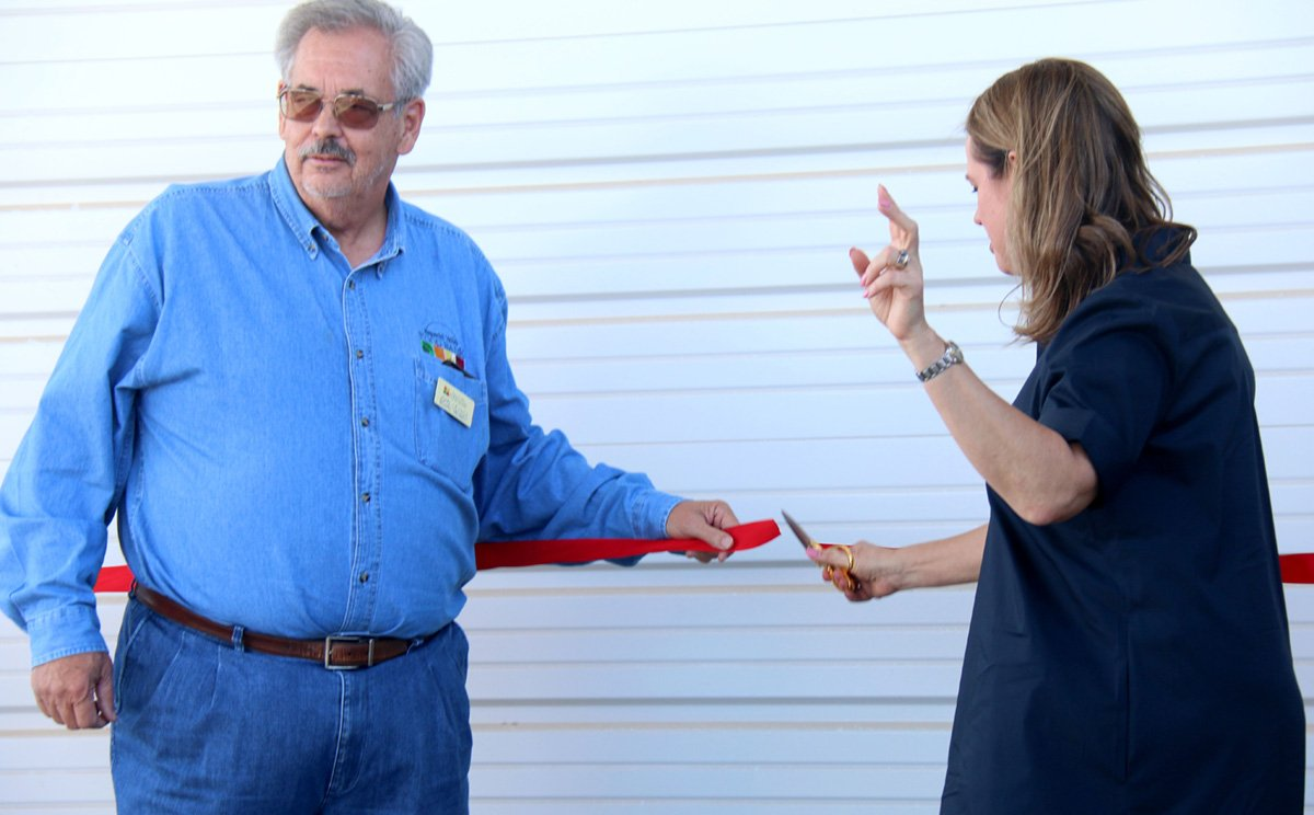 New Food Bank Warehouse in Imperial Helps Overcome Hunger