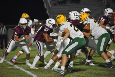 Vikings vs Bulldogs - Calexico News
