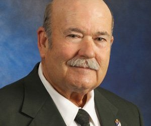 Kuhn Reverses Course and Files For Re-election to IID Board