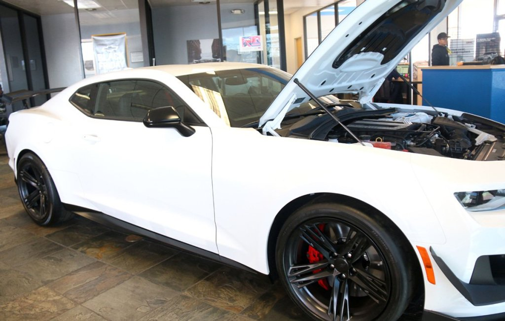Dealers deals, Chevrolet Camaro 2-door coup 1LS