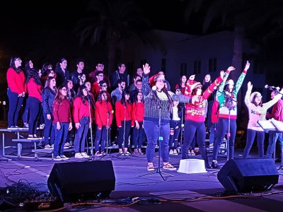 Central High Choir Performs at El Centro's Tree Lighting