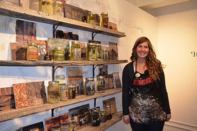 Sarag Girletz last artist left in Art Central