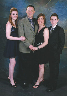 Dave-Ferguson-and-family