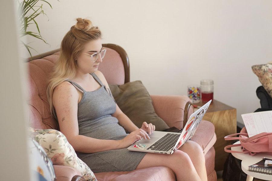 Tenille Laptop KubrickWEB