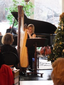 Harpist Tiffany Hansen bestows holiday tranquility to CWLC 2014
