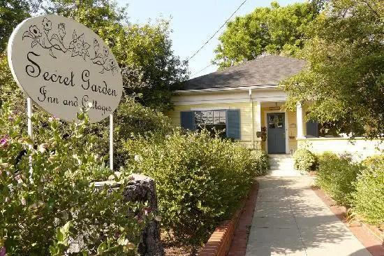 Secret Garden Inn  Bed & Breakfast  Historic Inns Kingston