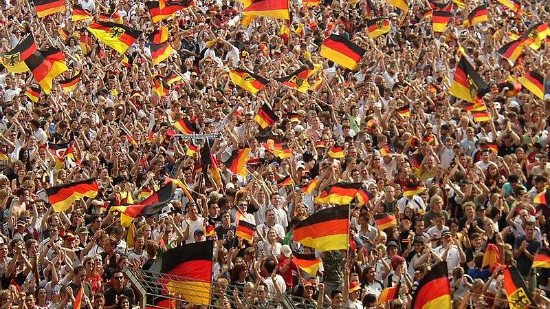800px-World_Cup_2006_German_fans_at_Bochum.jpg