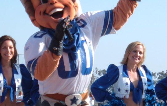 Dallas Cowboys Return to Oxnard to Train this Summer