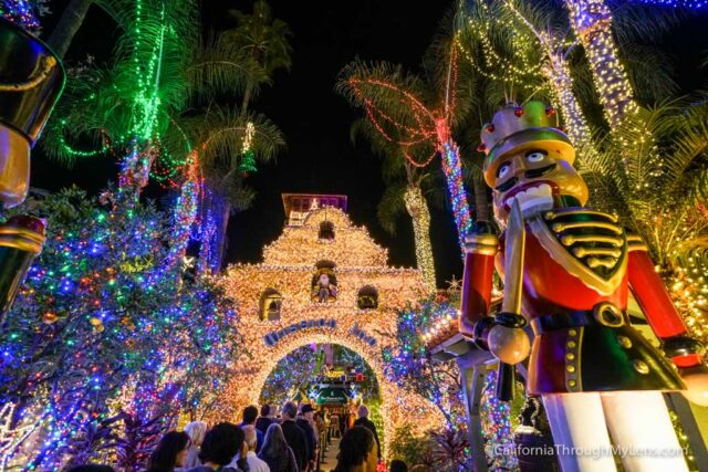 Best Places To Buy Christmas Decorations