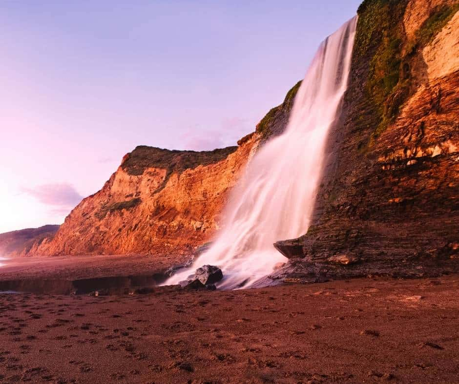 Alamere Falls is a rare tidefall