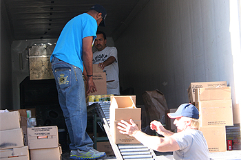 June 2013 USDA Food Distribution Program on Indian Reservations