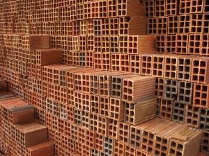 Lightweight bricks stack easier