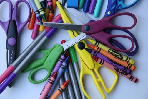 school-supplies-2690530_960_720