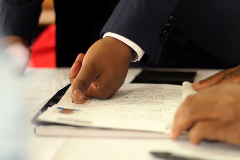Como se realiza un peritaje de caligrafía de firma