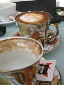 cafea cu aur
