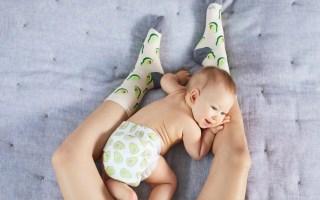 bébé en couches