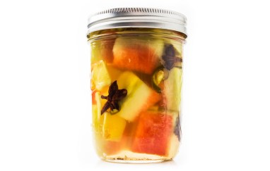pickled-watermelon-rind-940x600