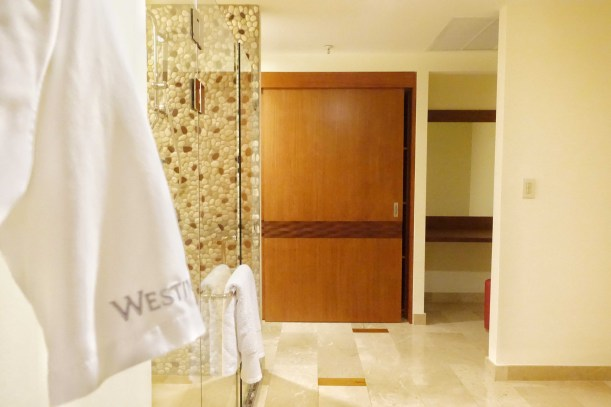 the-westin-playa-conchal-costa-rica-royal-beach-club-suite