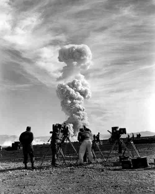 Images from How To Photograph an Atomic Bomb 9