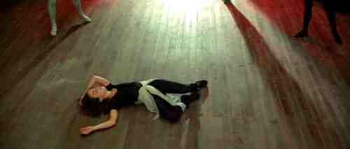Darren Aronofsky's Black Swan, the Horror and Beauty of Ballet 19