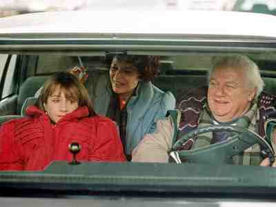 Home for the Holidays movie still