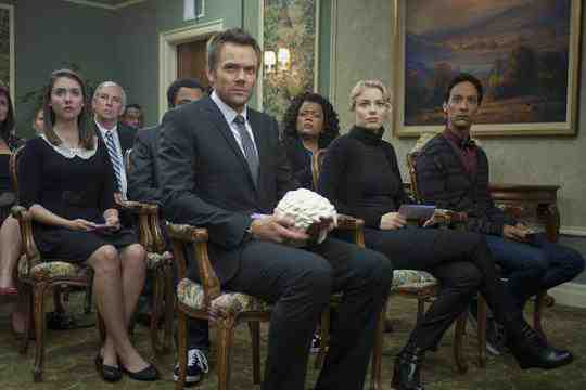 Alison Brie as Annie, Joel McHale as Jeff, Yvette Nicole Brown as Shirley, Gillian Jacobs as Britta, Danny Pudi as Abed in Community's Advanced Gay