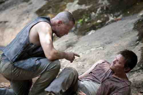 The Walking Dead S02E05 Daryl and Merle