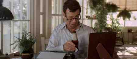 Walter Matthau goofs and mugs for the camera in Hopscotch