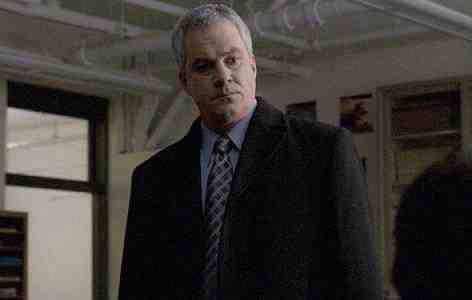 Barclay Hope as Michael Ames