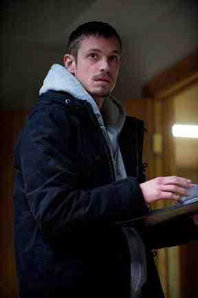 Joel Kinnaman as Stephen Holder in The Killing