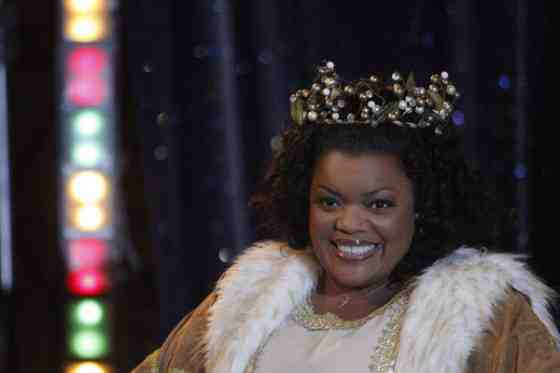 Interview: Yvette Nicole Brown Discusses Community and Her Positive Outlook 8