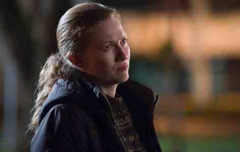 Sarah Linden (Mirielle Enos) in The Killing's Bulldog