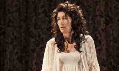 Theatre Review: The Duchess of Malfi, the Old Vic, London 9