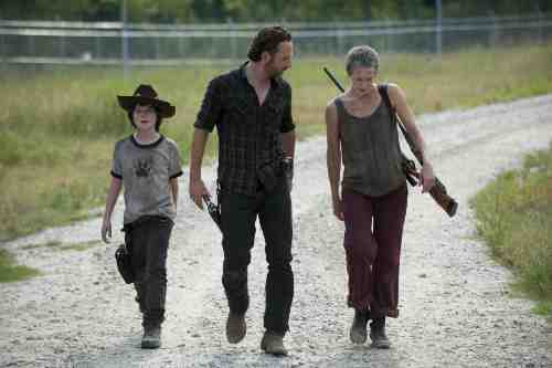 Walking Dead Season 3 Episode 9 Carl Rick Carol