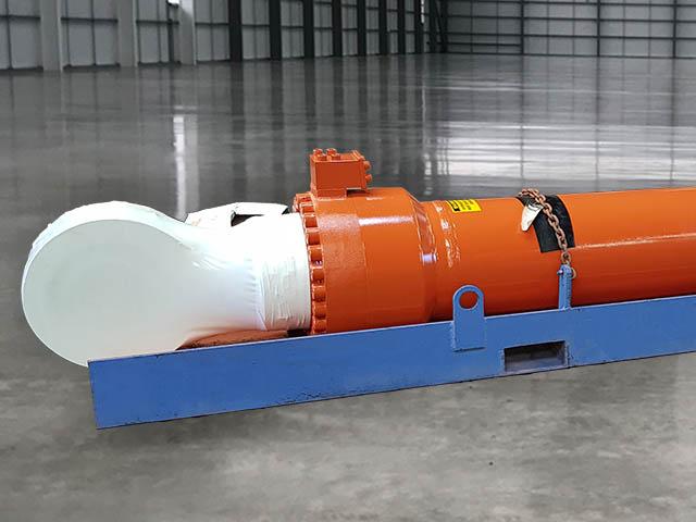Hitachi EX3600 Boom Cylinder