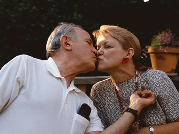 Sex - El sexo sigue siendo importante para muchas personas mayores, según una encuesta
