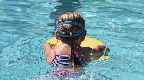 young swimmer 2494904 1280 - Miami-Dade Safety Advocates and Nicklaus Children's Hospital promote water safety and drowning prevention