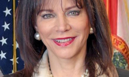 rundle - La Fiscalía y Usted: Trabajando Juntos  por Katherine Fernández Rundle, Fiscal Estatal