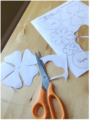 There are lots of spiritual bouquet ideas out there, but this simple craft for kids (or adults!) is a physical gift you can give to someone in need. It combines the gift of prayer and an easy DIY craft. There is even a template provided!