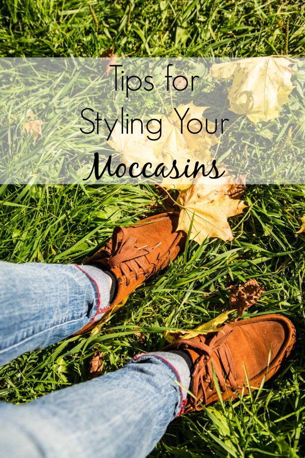You've got moccasins shoes, but you're unsure of how to style them. Give your moc fashion a boost with these style inspiration tips. Find out what kind of outfits to wear, mock no-nos and more!