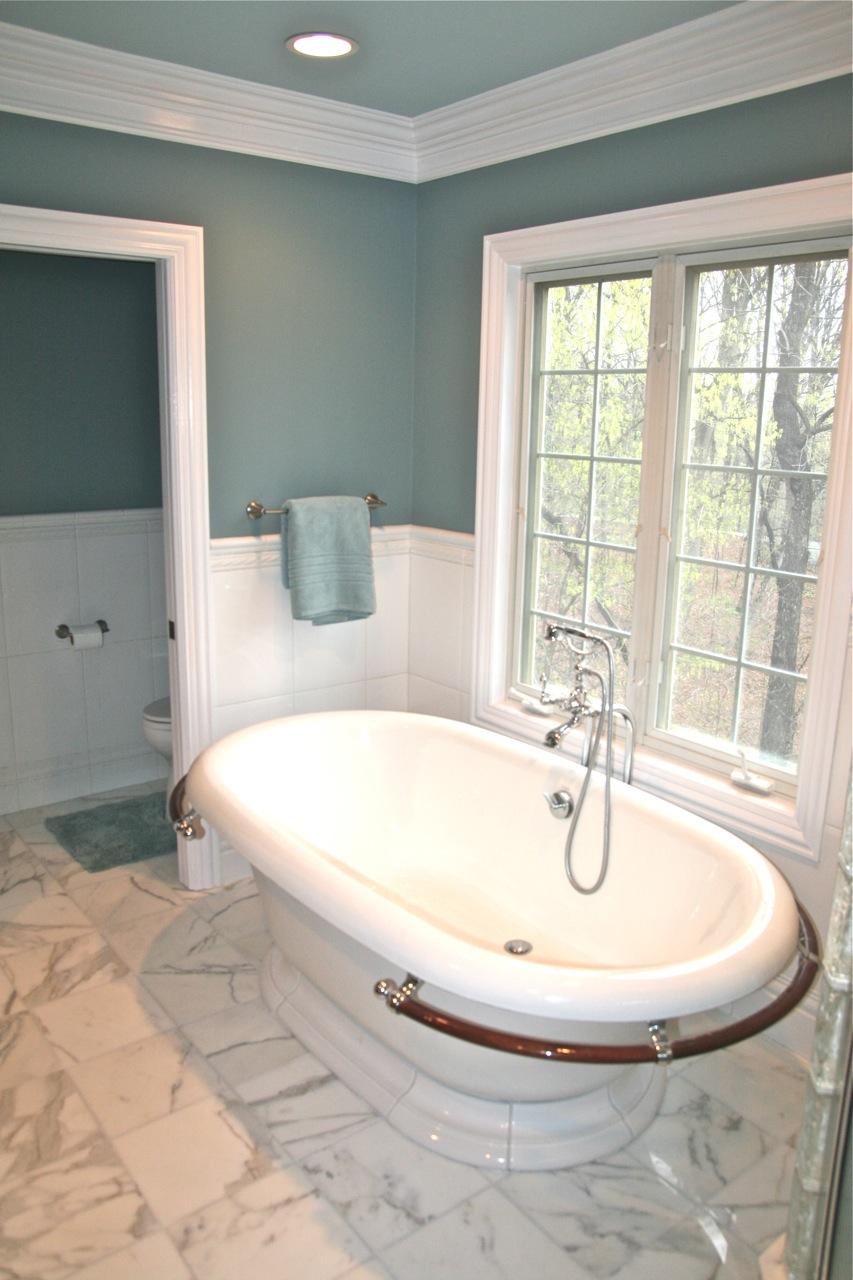 Bathroom Trends: Freestanding Tubs