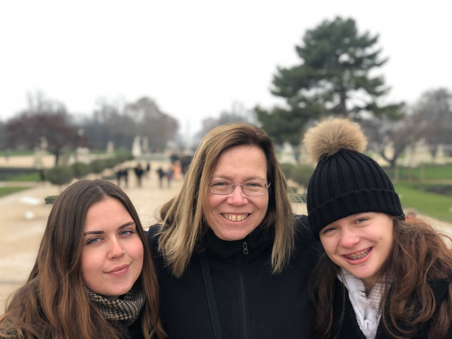 Jill, Kayla and McKenzie at Tuileries Garden