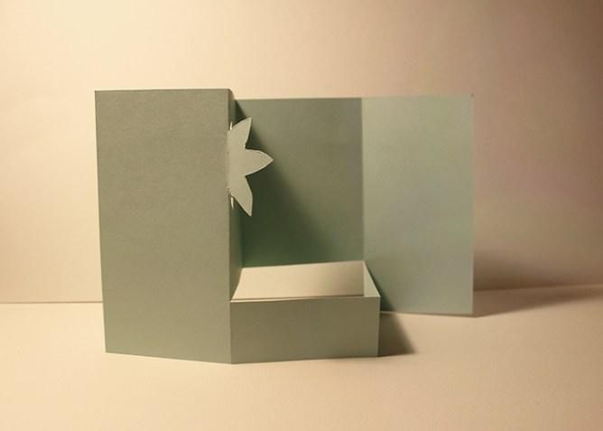 Calligraphique - Carte pliée fleurie - pliage