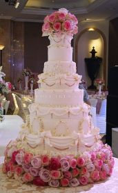 hall-of-cakes