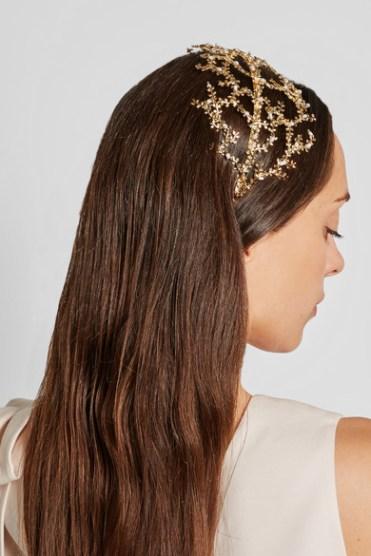 Bandeau doré orné de perles Fata, Rosantica sur Net-à-porter, 255 euros